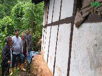 Hon'ble Minister-cum-Area MLA of Gyalshing Bermiok constituency Shri Lok Nath Sharma visited Lower Pechrek and MajhGaon wards under Pechrek HeePatal Gram Panchayat Unit , West Sikkim and took stock of the damages caused by flash flood